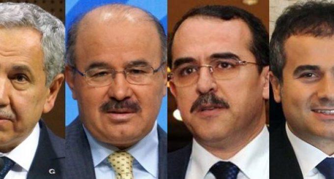 Quatro ex-ministros do AKP são investigados por ligações com Gulen