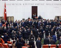 HRW diz que o presidente está visando o regime de um homem só
