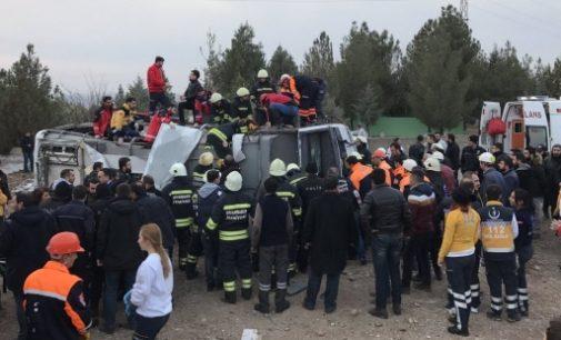 3 policiais mortos, 3 feridos em explosão em Diyarbakir