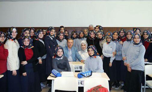 Conceito de jihad deve ser incluído no currículo dos alunos do ensino médio
