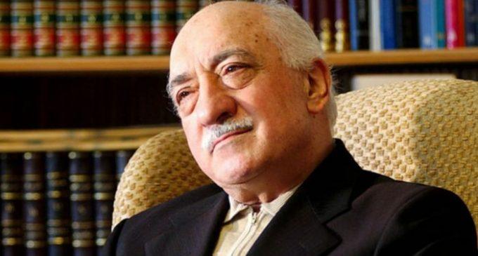 Gulen estende condolências às vítimas do ataque à casa noturna em Istambul