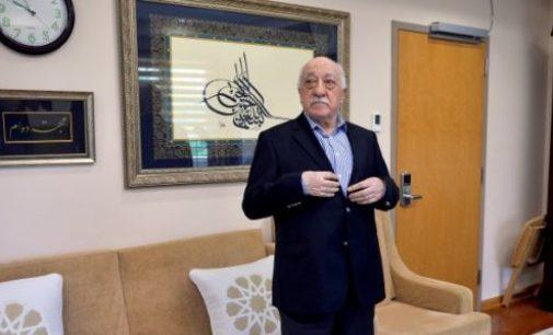 Clérigo turco nega envolvimento em tentativa de golpe