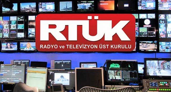 Turquia deve cancelar as licenças das mídias que estejam violando a censura