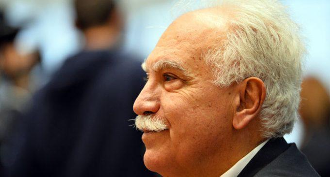Perincek diz que o Partido da Pátria informou um jornal pró-governo sobre a tentativa de golpe um dia antes