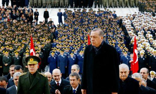 Os expurgos enfraqueceram os uma vez poderosos militares turcos