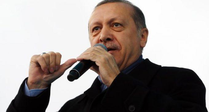 Fui à Turquia para entrevistar o Presidente e (quase) tudo que consegui foi um encontro com um teorista da conspiração