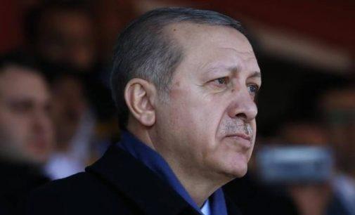 Oposição turca pede recontagem do referendo