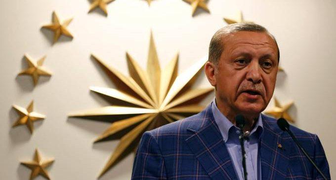 Governo turco suspendeu mais de 9.000 agentes da polícia