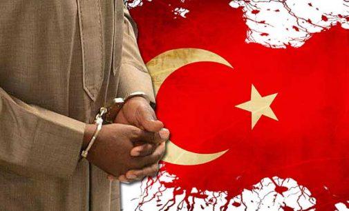 Turquia diz ter detido mais de mil 'imãs secretos' em expurgo na polícia