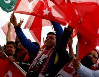 Por que o resultado do referendo na Turquia é amplamente inaceitável para tantos