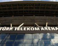 """Erdogan manda retirar a palavra """" Arena """" dos estádios da Turquia"""
