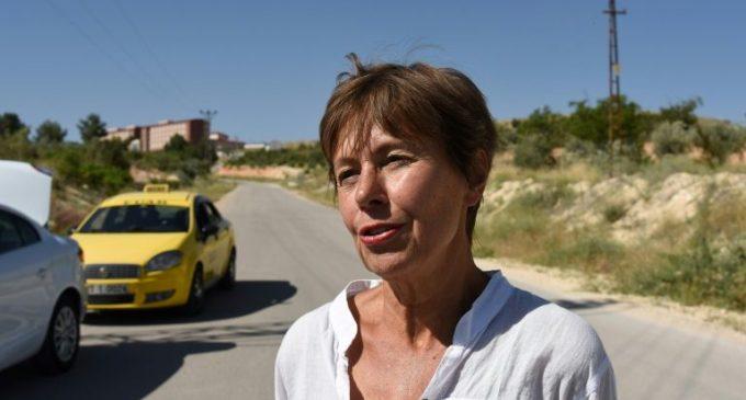 Turquia expulsa jornalista francês detido há um mês