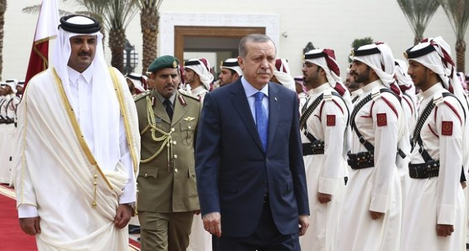 Ministro turco: tropas de Ancara no Catar garantem segurança regional