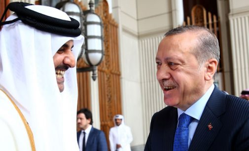 Erdogan desloca-se a Doha e promete ajuda militar ao Qatar