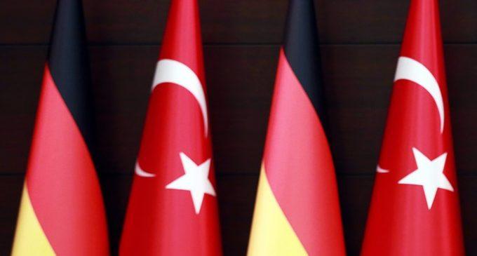 """Turquia envia nova lista à Alemanha de """"seguidores de Gulen"""""""
