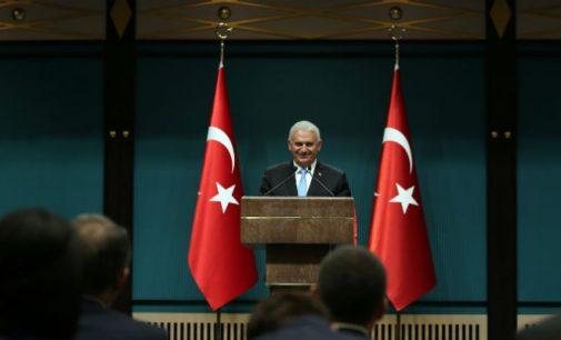 Turquia remodela gabinete, substitui ou troca 11 ministros