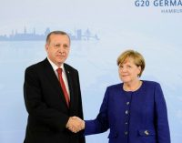 Merkel e Erdogan debatem relações bilaterais