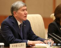 Presidente do Quirguistão: Os que chamam os professores turcos de terroristas deveriam ver um médico