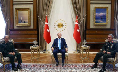 Turquia concorda em compartilhar inteligência com Irã durante visita do chefe do exército a Ancara