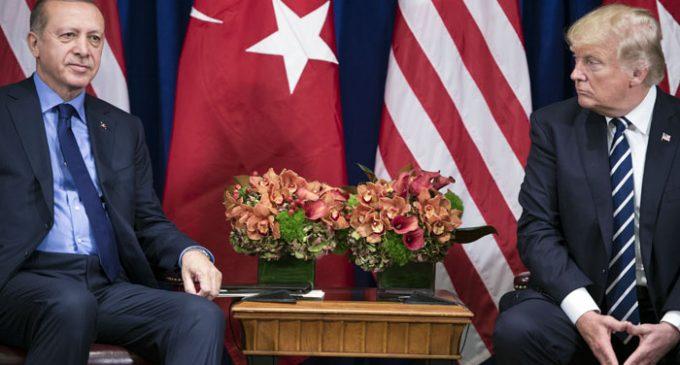 Erdogan e Trump reafirmam sua oposição ao referendo do Curdistão