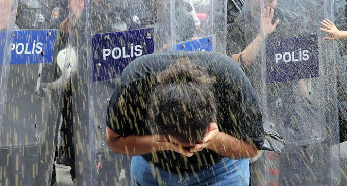 Gabinete do governador de Ancara proíbe todas as manifestações e eventos públicos por um mês