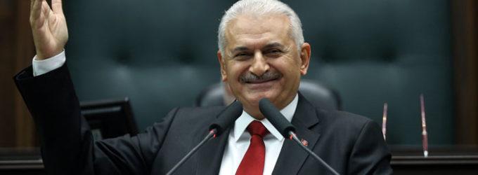 Premiê turco aprova a tomada de Kirkuk por Bagdá