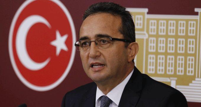 Governo está estabelecendo gangues civis armadas com novo decreto, diz CHP