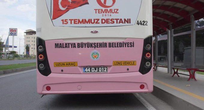 Cidade na Turquia lança ônibus rosa exclusivo para mulheres para combater assédio sexual