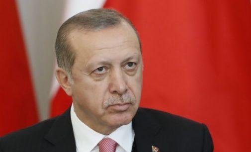 """Erdogan ingressa com ação judicial contra parlamentar que o chamou de """"ditador fascista"""""""