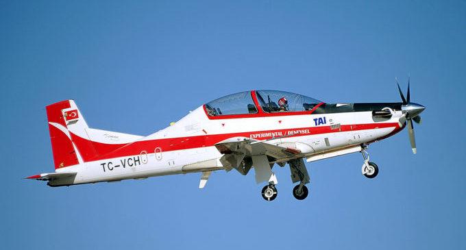 Avião turco quer disputar mercado com o Super Tucano da EMBRAER