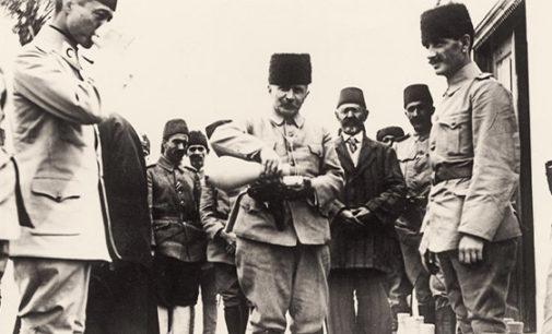 Erdogan repreende Ministro das Relações Exteriores dos Emirados Árabes por insultar comandante da era otomana