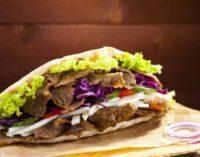 União Europeia pode acabar com os kebabs