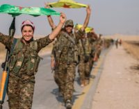 As tropas americanas que estão apoiando os curdos 'virarão alvos' diz a Turquia
