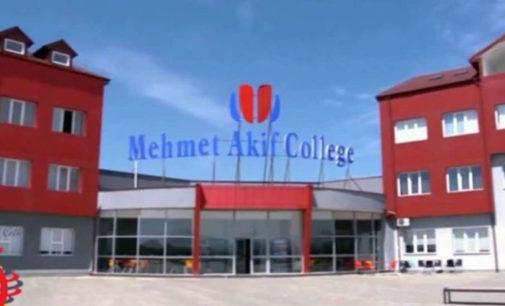 Kosovo prende cinco cidadãos turcos que trabalhavam em escolas ligadas a Gulen