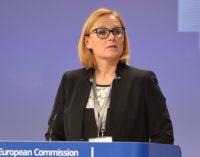 União Europeia critica deportação de 6 turcos de Kosovo