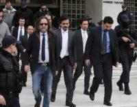 Turquia acusa Grécia de proteger golpistas