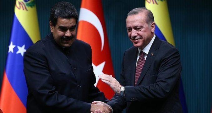 Erdogan felicita Maduro pela reeleição