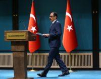 Não há planos para reiniciar processo para resolver ' problema curdo ' da Turquia, diz porta-voz