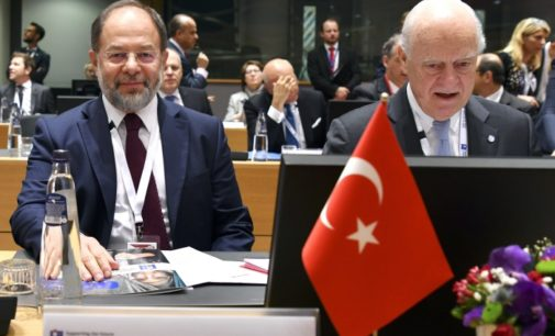 """A Turquia nunca devolverá Afrin ao regime de Assad"", diz vice-premiê"