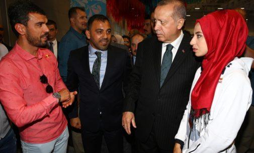 Piloto campeão mundial Kenan Sofuoglu deve se aposentar por ordem de Erdoğan