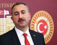 Ministro da Justiça diz que os julgamentos dos seguidores de Gulen devem ser concluídos até o final do ano