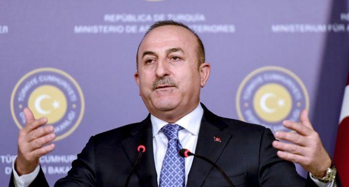 Ministro turco ameaça ação se ONU não acabar com PKK em Makhmur no Iraque