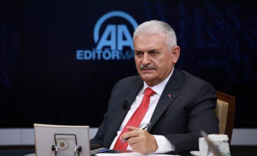 Premiê turco chama tentativa de golpe de 'projeto do governo que não gostou'