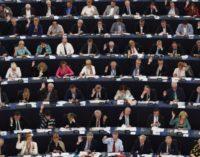 Membros do PE pedem para o governo moldavo para parar a deportação de professores turcos
