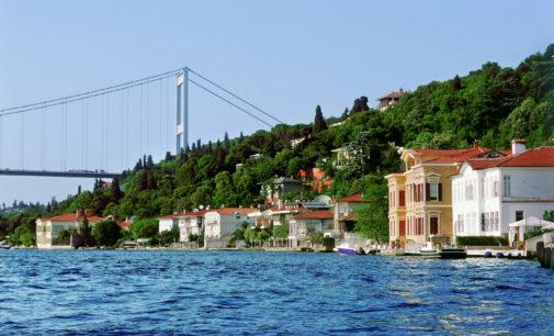 Estrangeiros correm para comprar as mansões icônicas de İstambul devido à lira fraca