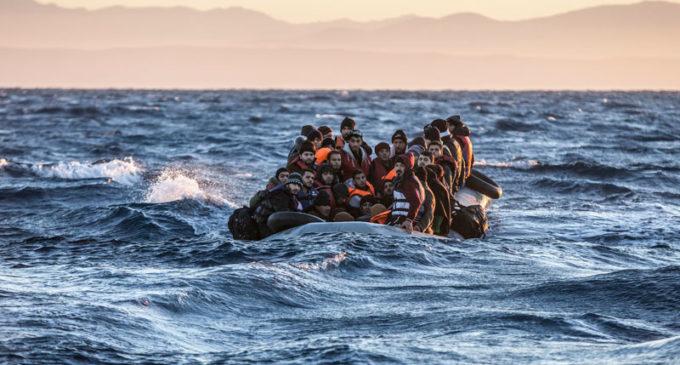 Novo Fluxo de Refugiados para a Grécia: Turcos Fugindo de Erdogan