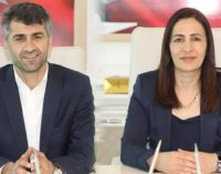 Turquia prende mais dois prefeitos curdos