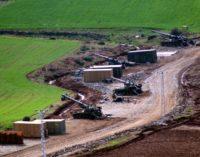 Ataque da Turquia atinge escola na Síria, mata 8 crianças