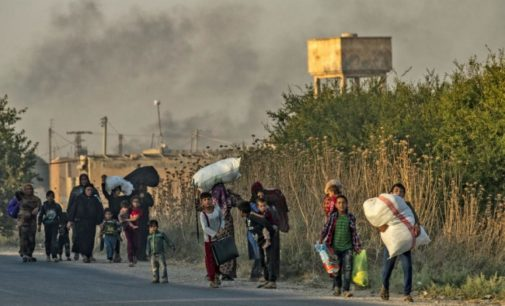 Militantes apoiados pela Turquia abusam de civis na Síria, diz HRW