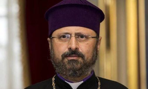Igreja armênia da Turquia revela novo patriarca em eleição controversa